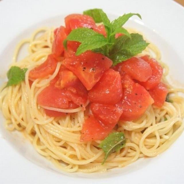 トマトとミントの冷製フェデリーニ