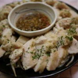 食べるタレで味付き茹で鶏