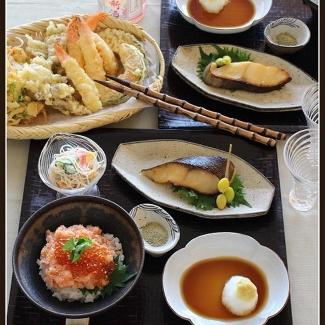 銀だらの西京漬け焼き!と、天ぷら!で、週末居酒屋デー♪