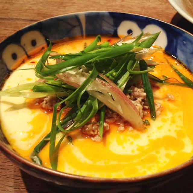 ◆肉のそぼろ炒めをのせて、豆乳玉子蒸しのピリ辛たれかけ