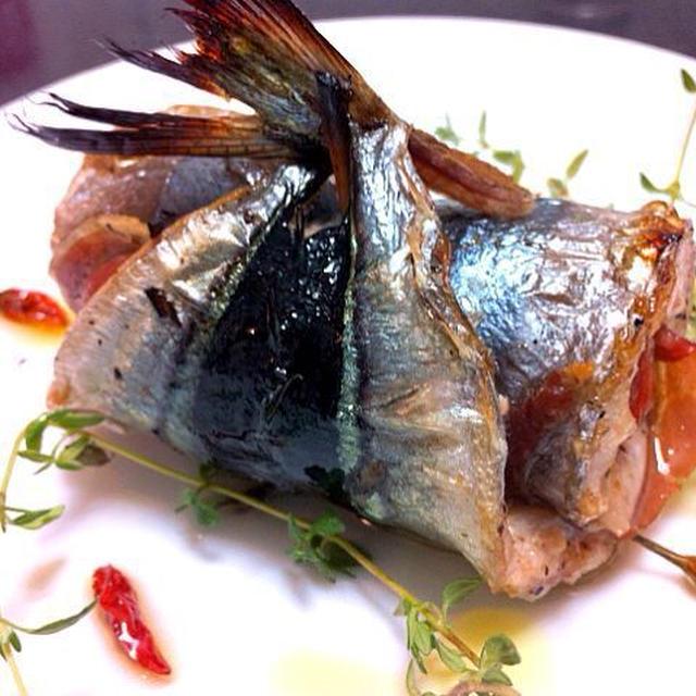 秋刀魚とパルマハムのサルティンポッカ仕立てのアヒージョ