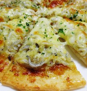 釜揚げしらすのマヨ醤油ピザ