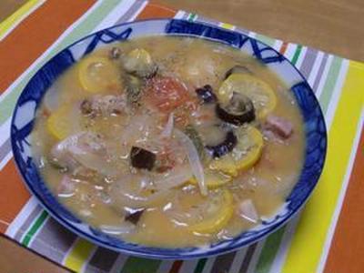 100皿シチュー 58皿目のシチュー 夏野菜がたっぷりのラタトウィユ風シチュー