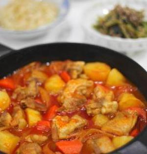 鉄鍋でタットリタン(韓流鶏肉じゃが)