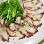 カラフルペパーで絶品!蛸のカルパッチョ