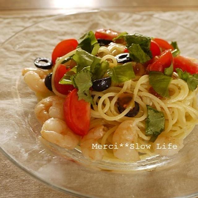 暑い時に美味しい、さっぱりパスタ♪ 海老トマトバジル・ジュレぽんパスタ