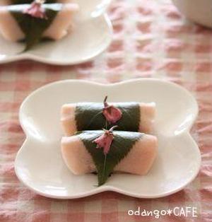 もち粉でもちもち♪関東風ぎゅうひ桜餅