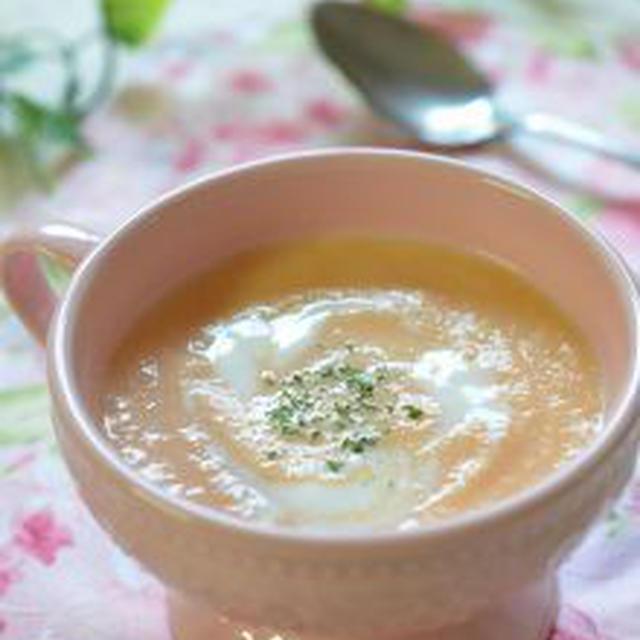 サンシャイントマトとさつま芋で作る甘いスープ♪