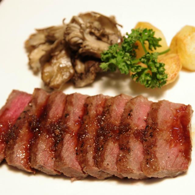 黒毛和牛のサーロインステーキ・ジンジャーソース