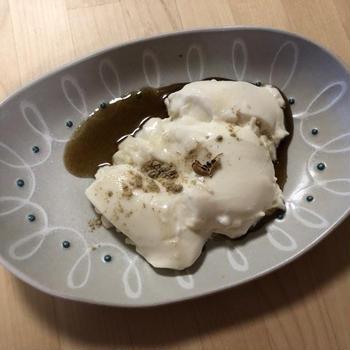 カルダモンとココナッツのムース – Coconut Mousee with Cardamon –