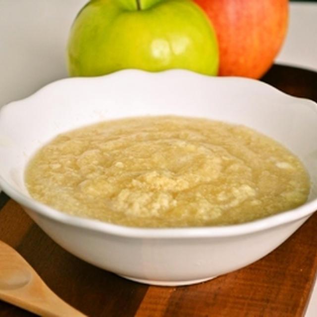 ハンガリー風 りんごのカスタードスープ