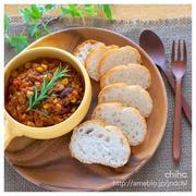 豆と挽肉のトマト煮