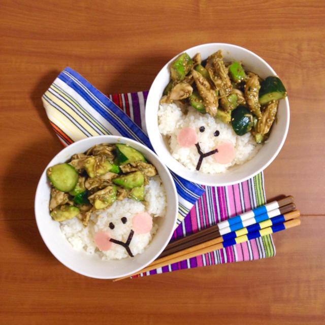 簡単朝ごはん!女子にぴったり☆鶏ささみとアボカドきゅうり丼で「ヒツジ丼」