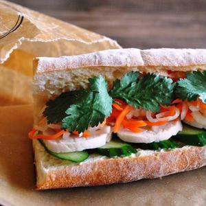 オリエンタルな味わいにやみつき!ベトナム風サンドイッチ「バインミー」レシピ