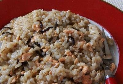 サーモンと塩昆布の麦飯リゾット