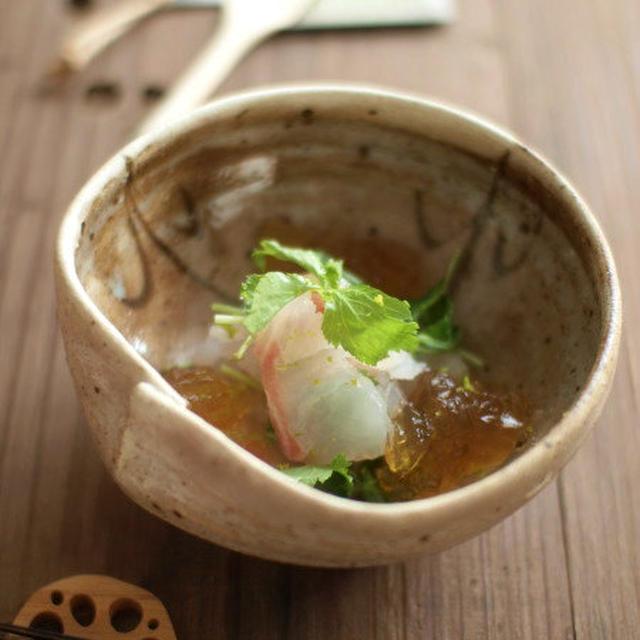真鯛のポン酢ジュレ柚子風味。
