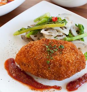 鶏むね肉でヘルシー。イタリアン風カツレツ。