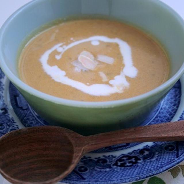 かぼちゃのクリーミーごまスープ、バターナッツスクワッシュ(Butternut Squash)