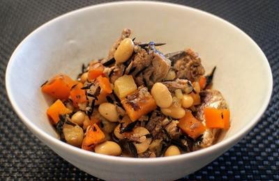 エイジングケアのレシピ:ひじきと大豆の煮もの