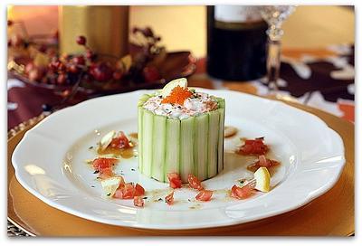 セルクル仕立て、アスパラガスでツナポテトサラダ、柚子胡椒ポン酢ドレッシング
