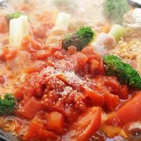 ■創味シャンタンで絶品鍋【豚肉のセロリ巻き入り イタリアントマト鍋】〆はパスタ♪