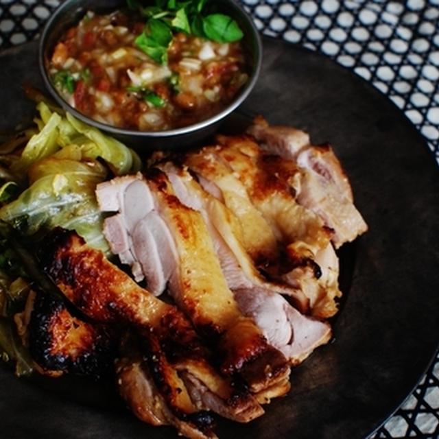 納豆ダレで食べるヘルシー蒸し鶏