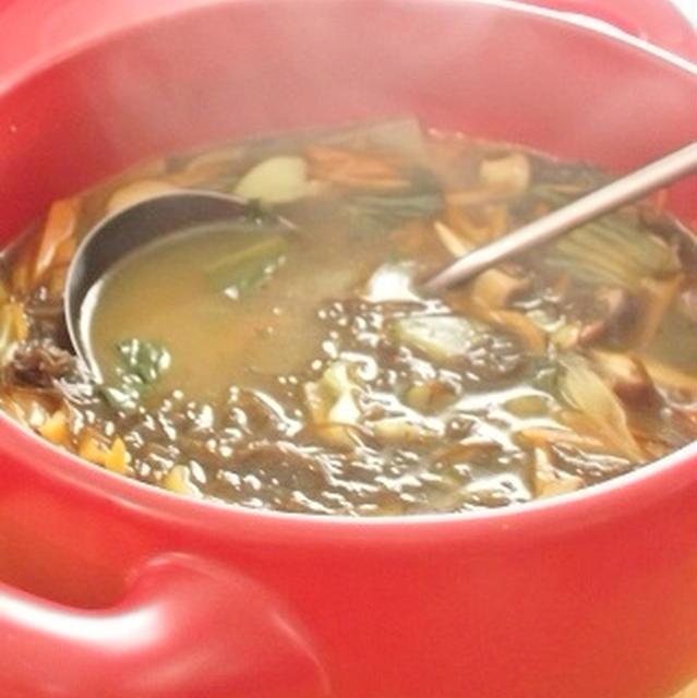 もずくとたっぷり野菜の和風カレースープ