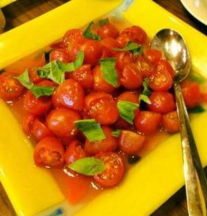 プチトマトの白バルサミコ和え