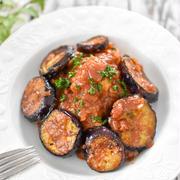 鶏むね肉もしっとり柔らか!「鶏むね肉のトマト煮」|新たな第一歩