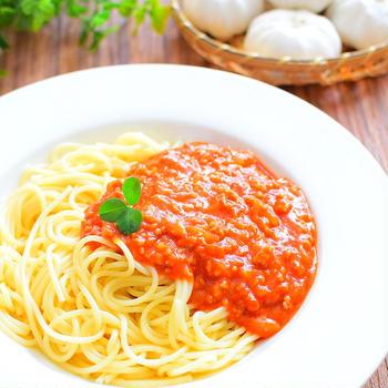トマトジュースで簡単!ガーリックミートソースのレシピ