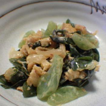 ピリ辛キムチマヨこんサラダ 湯豆腐鍋と小鉢6品+崎陽軒横浜チャーハンと一緒に