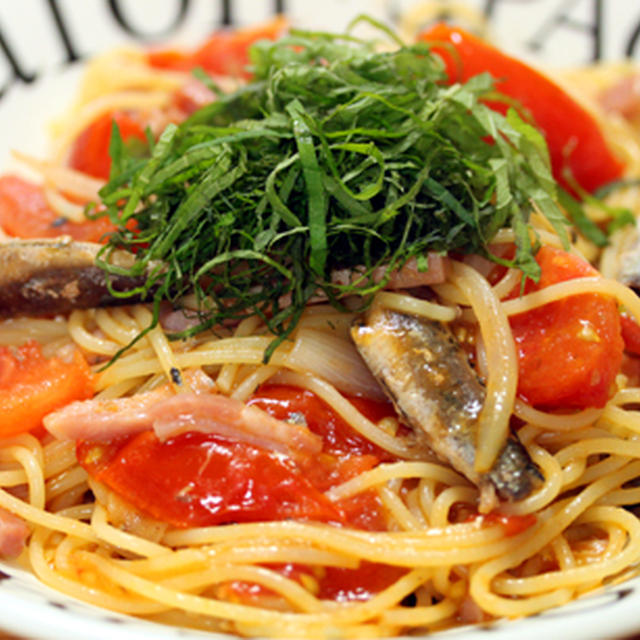 オイルサーディンとトマトのパスタ