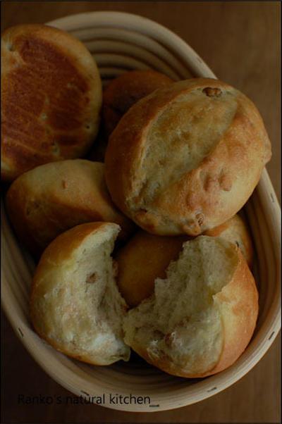 胡桃バタートップ 2種 はちみつ+卵黄vsライ麦粉入り