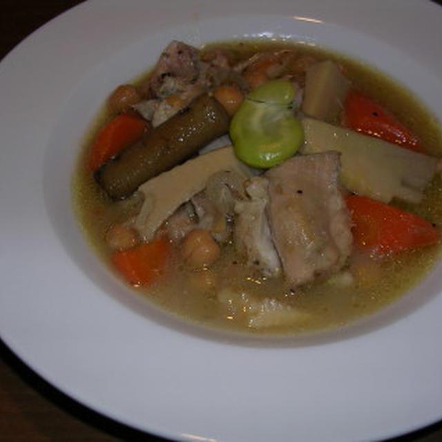鶏肉とひよこ豆の煮物