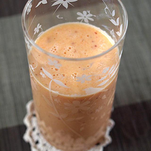 にんじん+りんご+ポンカン+ヨーグルトのフレッシュジュース