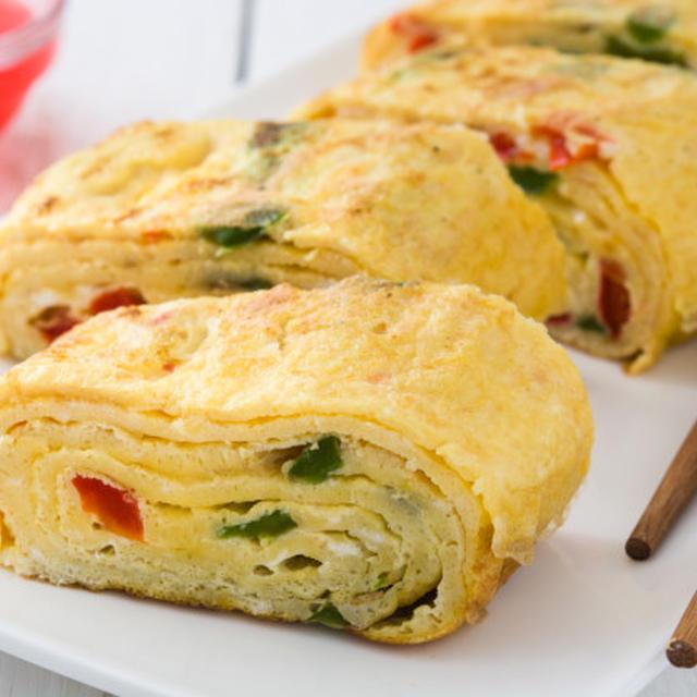 Tamagoyaki (Japanese Rolled Eggs Omelette) Recipe