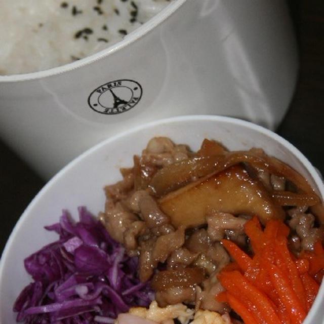 10月25日  豚肉の甘辛炒め弁当&鶏つくねの ケチャップシチュー