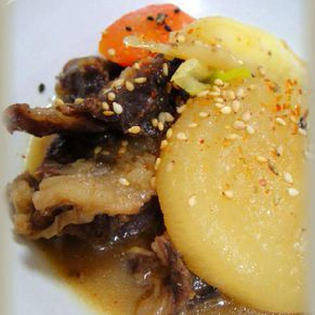 根菜と牛すじの味噌煮★