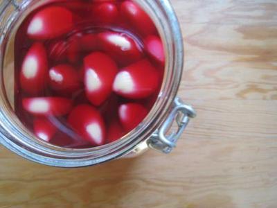自家製にんにくの梅酢漬け