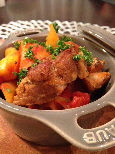 スペアリブと根菜のトマト煮込み