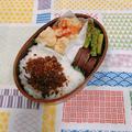 蒸し鶏のごまみそバンバンジー弁当(さつまいもの塩麹煮とアスパラのバターソテーのレシピあり)