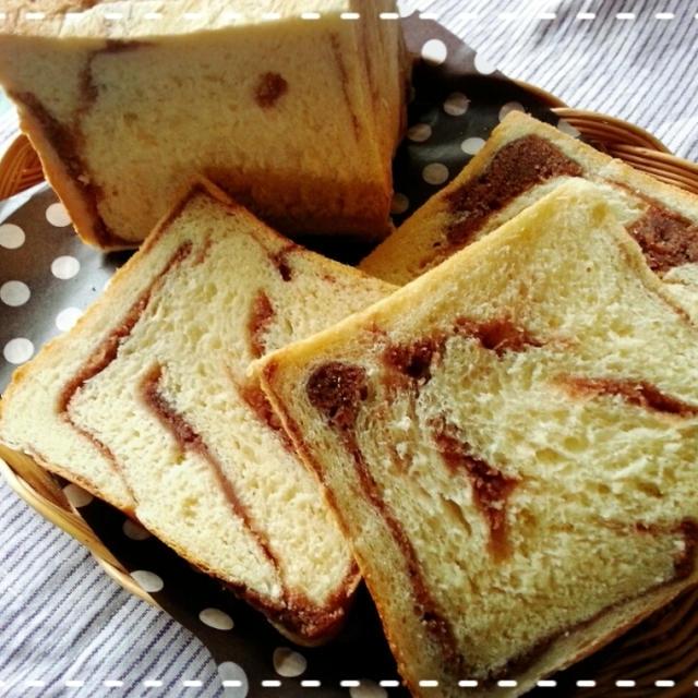 定時ダッシューーはパン活!!あんマーブル食パン焼きました~♡(*^^*)