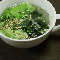 レタスとくずきりのわかめスープ
