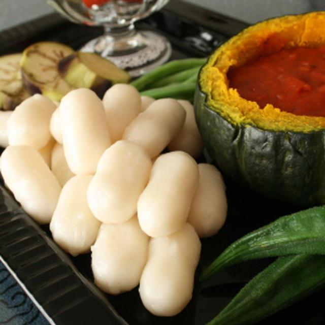 トッポギと夏野菜のかぼトマチーズフォンデュ