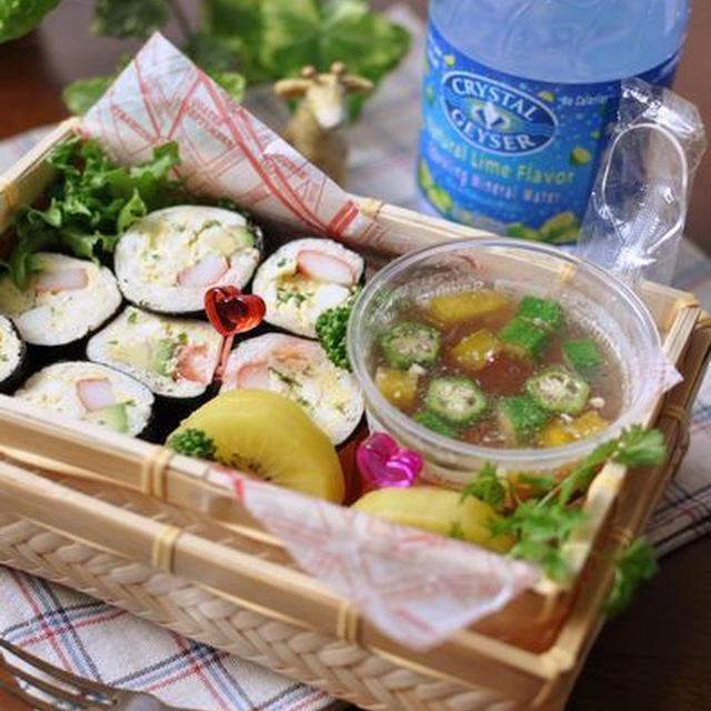 夏野菜と角切りベーコンのゼリー寄せと・・・