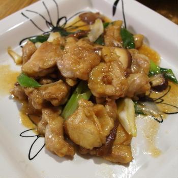 鶏肉と長ネギと椎茸の炒め物&簡単サラダ