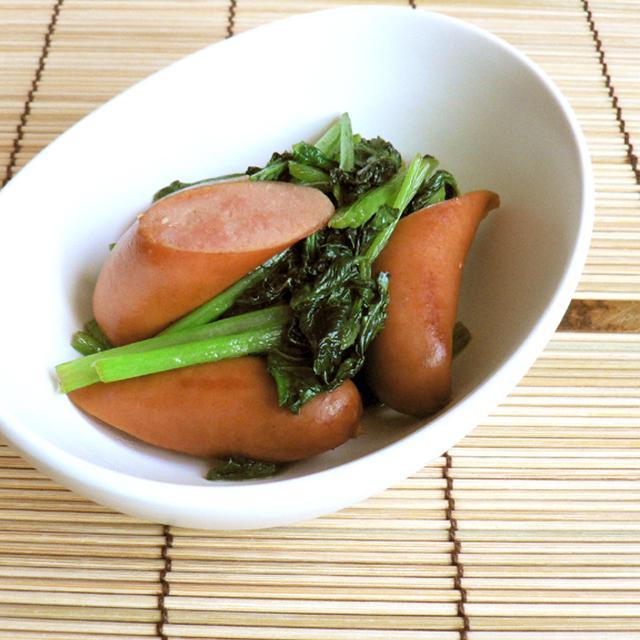 3分で完成! 小松菜とウインナーのめんつゆ炒
