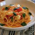 モッツァレラとトマトとバジルのスパゲティ