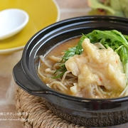 あと引く辛さとうま味でやみつき 豚バラきのこのすいとん旨辛スープ鍋