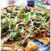 スタミナガーリック焼肉ピザ